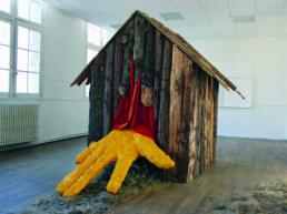 Maxime Verdier, La cabane, tasseaux, bois, tissus, plâtre, filasse de lin, acrylique, 2015